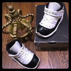 Jordan toddler retro 11 concord Excellent condition gently worn very clean comes w original box 100% authentic all my items.Toddler Jordan retro 11 concord white/ black  Size: 5.5c !!! Collectors sold out!!! !!! Price is firm!!! selling on Mercari $48 Jordan Other
