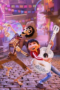Hector and Miguel Coco Disney Movie 2017 Disney Pixar, Disney Animation, Disney E Dreamworks, Disney Magic, Animation Movies, Pixar Movies, Disney Movies, 2017 Movies, Disney Animated Movies