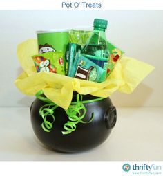 I wanted to put together some treats for our kids in celebration of St. Patrick's day. What is more fitting than a pot full of green treats!