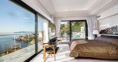 Seafront Californian Villa - Master Bedroom with Garden, Pool and Sea View
