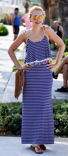 Outfit: Striped maxi dress with pompoms in Split, Croatia - Kationette, Fashionblog, Fringes
