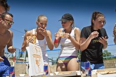 Beach voleyball party vol.3 #summer #party #voleyball #pizza #fun #lzgproduction Sumo, Pizza, Wrestling, Events, Beach, Party, Lucha Libre, The Beach, Beaches