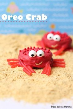 Have fun in the kitchen with your kids creating these chocolate covered Oreo crabs! They are the perfect summer treat!