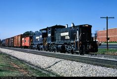 RailPictures.Net Photo: NS 2359 Norfolk Southern EMD MP15DC at Morristown, Tennessee by Johnny Winkler