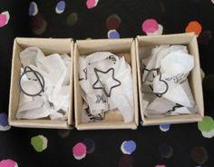 Κομψά και ιδιαίτερα... αυτά είναι τα Πριγκιπω-δαχτυλίδια που δημιουργούν οιΚαλομοίρα και Κέλλυ στο εργαστήρι τους στο