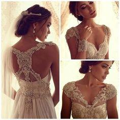 Open back weeding dress !! Beautiful