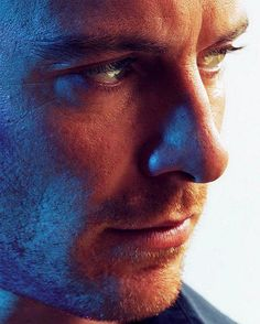 That profile.. Good night and have Nice Dreams with Fassy!