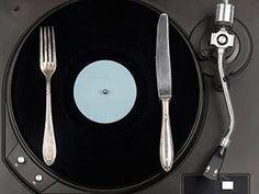 @Regrann from @hrcmargarita - La música nos provoca un montón de sensaciones y esto lo saben bien los expertos en marketing que seleccionan cuidadosamente las melodías que sonarán en el centro comercial para animarnos a comprar más. De la misma manera parece que no saboreamos igual un plato según la canción que esté sonando. El psicólogo Charles Spence de la Universidad de Oxford lleva muchos años dedicando sus esfuerzos a analizar cómo los estímulos que recibimos a través de los sentidos…