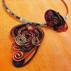 How ir is this handmade wire & cut glass jewelry set by pictordesign  Select your favourite unique jewelry set at our online shop: link in bio.  #handmade #jewelry #wiredesign #wirependant #wirering #necklace #ring #handmadenecklace #wirenecklace #uniquering #cutglass #wire #orange #black #white #jewelrydesign #unique #handpainted #silk #handcrafted #art #craft #fashion #style #design #ljubljana #madeinslovenia #pictorshop