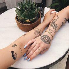 art, tattoo, and ink image Rebellen Tattoo, Wörter Tattoos, Bauch Tattoos, Dainty Tattoos, Neue Tattoos, Poke Tattoo, Pretty Tattoos, Mini Tattoos, Piercing Tattoo