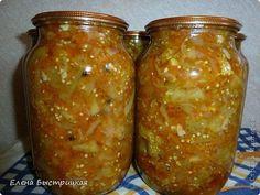"""Овощной салат """"Бакат"""" без обжарки.  Хочу поделиться рецептом любимого салата """"Бакат"""". Замечательная закуска, дополнительный гарнир.   Нам потребуется: 2 кг баклажан 1 кг болгарского перца,1 кг лука, 1,5 кг помидор, 0,5 моркови, 200гр чеснока, зелень,перец горошком 0,5 л масла, 1ст.л. соли,3 ст.л. сахара,100гр уксуса  Что мне нравится в этом рецепте, что все нарезанные овощи одновременно отправляются в посуду, где будем готовить салат. После закипания готовим 40 минут, в конце добавим чеснок…"""