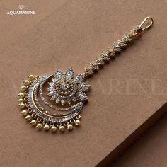 Tika jewelry - 20 Maang Tikka, The Perfect Touch Of Elegance To Your Wedding Look – Tika jewelry Tika Jewelry, Indian Jewelry Earrings, Indian Jewelry Sets, Jewelry Design Earrings, Gold Earrings Designs, Indian Wedding Jewelry, Bridal Jewelry Sets, Gold Jewelry, Decoupage
