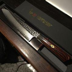 220mm Zanmai Hammered Damascus Gyuto, nu ook verkrijgbaar op Japansemessen.nl