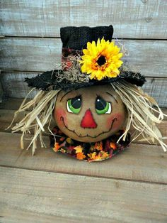Hand Painted Autumn Fall Scarecrow Gourd scarecrow ll Scarecrow Painting, Scarecrow Face, Autumn Painting, Moldes Halloween, Adornos Halloween, Manualidades Halloween, Halloween Gourds, Fall Halloween, Halloween Crafts