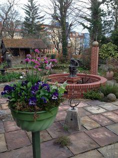 Guglhupf am Stiel Patio, Outdoor Decor, Home Decor, Garten, Homemade Home Decor, Yard, Terrace, Decoration Home, Interior Decorating