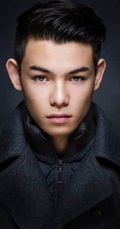 Hiro (voice): Ryan Potter, Actor: Big Hero 6. Ryan Potter is an American actor and martial artist. He was born in Portland, Oregon, to a Japanese father and a caucasian American-Jewish mother, Jordanna Potter. He spent much of his childhood in Tokyo, Japan. At the age of seven, he moved back to the United States, where he was raised by his single mother. In the U.S., he started studying White Tiger kung fu, and also played baseball and ...