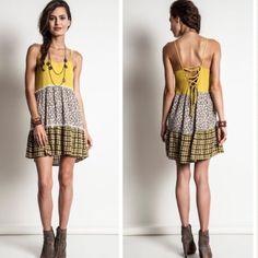 SALE Beautiful tie back dress Beautiful tie back dress. Dresses