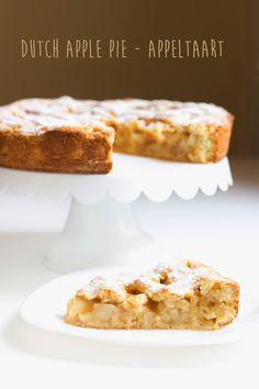 Holandský jablečný koláč Apple Dessert Recipes, Sweet Recipes, Banana Bread, French Toast, Food And Drink, Sweets, Baking, Breakfast, Cake