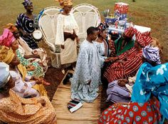 Traditional Yoruba Wedding! Love the setting ! It'll be half and half for me ! Green/White/Red/White/Blue
