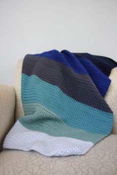 Yay the Crochet version! Color block baby afghans - crochet based on a Purl Bee knitting pattern Crochet Afghans, Easy Crochet Blanket, Baby Afghans, Crochet Blanket Patterns, Knitting Patterns, Knit Crochet, Crochet Blankets, Chunky Crochet, Crochet Stitch