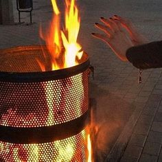 The boys and the gang all have a trash fire party outside. Laughs asre had, drinks are drunk, the shitty boys share a blanket and I die happy Orange Aesthetic, Aesthetic Grunge, Aesthetic Photo, Aesthetic Pictures, Aries Aesthetic, Urban Aesthetic, Aesthetic Dark, Broken Dreams, Breathing Fire