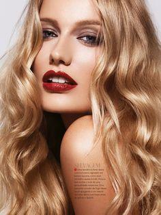 RED PASSION A-Magazine Brazil model | Renata Zanchi @Blow Camisetas Barcelona make up| Junior Queirós hair |Milko Grieger photography |Patrick Styr...