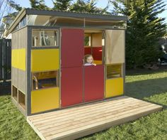cabane de jardin pour enfant, une maisonnette de jardin rectangulaire