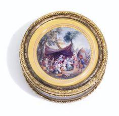 <P>bonbonnière en verre à montures d'or de deux tons, Paris, 1785, ornée d'une miniature signée van Blarenberghe</P> | lot | Sotheby's
