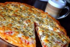 Reall about diy pizza recipes. Cheese Recipes, Pizza Recipes, Cooking Recipes, Frugal Meals, Easy Meals, Hungarian Recipes, How To Cook Pasta, Food Inspiration, Food To Make
