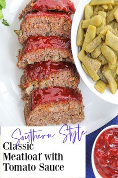 Classic Meatloaf with tomato sauce recipe! Easy, delicious and foolproof!    #momsmeatloaf #homemademeatloaf #classicmeatloaf #meatloafrecipes