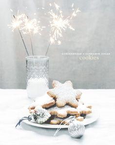 gingerbread cinnamon sugar cookies Cinnamon Cookies, Ginger Cookies, Noel Christmas, Christmas Baking, Xmas Food, Christmas Sweets, Christmas Goodies, All Things Christmas, White Christmas