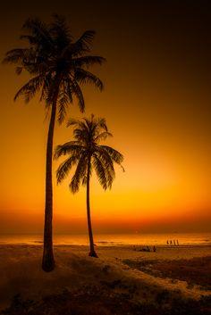 .~Ngwe Saung, Magical Beach~.