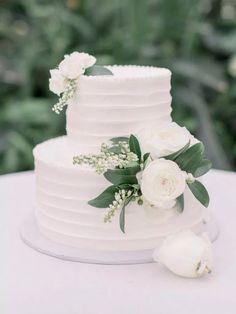 three tier white line texture wedding cake 29 - My Wedding - Hochzeit 2 Tier Wedding Cakes, Small Wedding Cakes, Floral Wedding Cakes, Wedding Cake Rustic, White Wedding Cakes, Elegant Wedding Cakes, Wedding Cakes With Flowers, Wedding Cake Designs, Wedding White