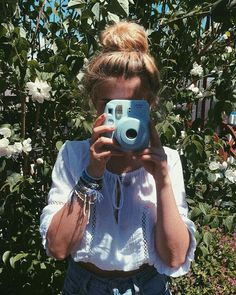 Fujifilm Instax Mini 9 Ice Blue Instant Camera | Urban Outfitters | Home & Gifts | Cameras & Film #urbanoutfitterseu #uoeurope #uoonyou