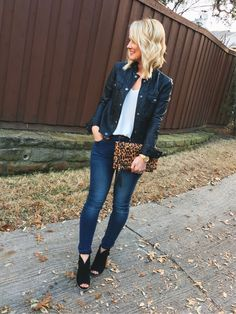"""""""Get dressed, we're going out!"""" I threw on my fave moto jacket & booties, and a… – Michelle Samuels """"Get dressed, we're going out!"""" I threw on my fave moto jacket & booties, and a… Go Out Outfit Night, Winter Date Night Outfits, Date Night Fashion, Girls Night Out Outfits, Evening Outfits, Going Out Outfits, Date Outfits, Daye Night Outfit, Casual Date Night Outfit"""