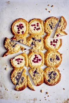 Gluteeniton punnuspullapelti - Reseptit | HS.fi Teet, Cookies, Desserts, Food, Crack Crackers, Tailgate Desserts, Deserts, Biscuits, Essen