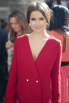 Miroslava Duma in red