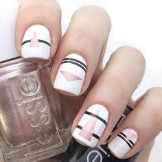 Stunning Striped Nails Art Ideas for Prom ❀ - Page 14 of 74 - Diaror Diary Chic Nail Art, Chic Nails, Trendy Nails, Nail Art Stripes, Striped Nails, Striped Nail Designs, Nail Art Designs, Fabulous Nails, Nail Artist