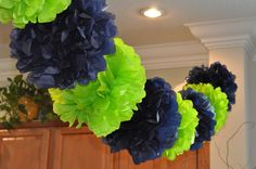 Ooooohhh!! I should make the tissue poms look like SeaGal pompoms with iridescents!