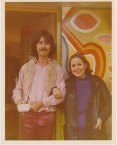 Incense and Peppermints, epsteins: George Harrison with a fan in 1967 George Harrison Young, Across The Universe, The Fab Four, Yellow Submarine, Wife And Girlfriend, Eric Clapton, Popular Music, Lady And Gentlemen, The Beatles