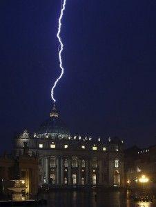 """I """"segreti"""" di Gesù e i segreti del Vaticano"""