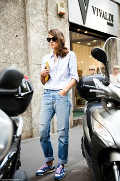 MFW-Milan_Fashion_Week_Spring_Summer_2014-Street_Style-Say_Cheese-Collage_Vintage-Jeans_Sneakers-.jpg (790×1185)