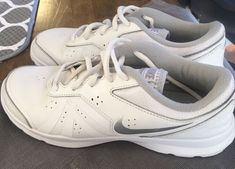 separation shoes 7c2df 898ed Nike Training Core Motion TR2 Women White Leather Running Shoes Size 8.5  749179   eBay Cheap