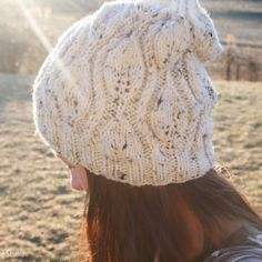 You can make this leaf hat with a free pattern!