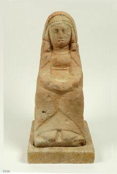 SPAIN / IBERIA / Archaeo - IBERIA. (Pre-Roman Spain) - Dama sedente. Santuario del Cerro de los Santos. Museo Arqueológico Nacional