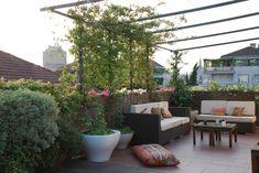 Verde Architettura - Va_terrazzo_lamarmora_01w Landscape Architecture, Landscape Design, Zen, Pergola Kits, Pergola Ideas, Terrace Ideas, Patio Roof, Terrace Garden, Gazebo