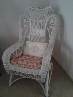 Vintage Lloyd Loom Wicker Iron Bouncy Patio Lawn Chairs