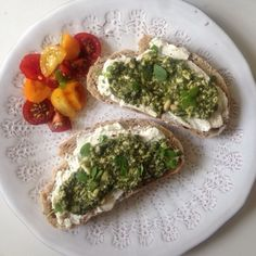 Low carb bread with pesto and soft cheese-The Vegetarian Atkins Diary : Low carb open sandwiches