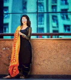 10 Images of Indian Models Beauty Punjabi Girls, Punjabi Dress, Saree Dress, Stylish Girls Photos, Stylish Girl Pic, Designer Punjabi Suits, Indian Designer Wear, Black Punjabi Suit, Black Patiala Suit