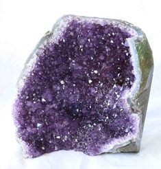 This beautiful high quality Amethyst quartz crystal cluster comes from Artigas, Uruguay, South America. This piece measures approximately and it weighs When you purchase this product you will receive the exact piece shown in the images. Amethyst Quartz, Quartz Crystal, Healing Crystal Jewelry, Triangle Shape, Crystal Cluster, Crystals Minerals, Beautiful Lights, Green And Gold, Labradorite